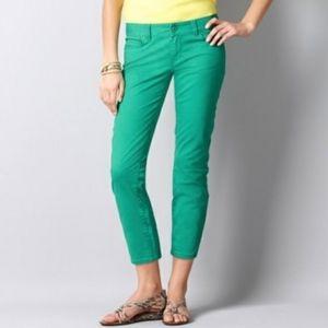 LOFT Kelly Green Modern Crop Jeans 10/30